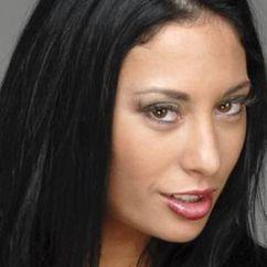 Karlee Perez Image