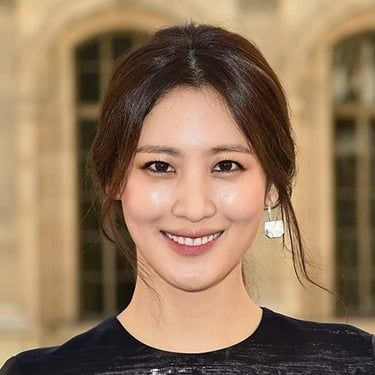 Claudia Kim Image