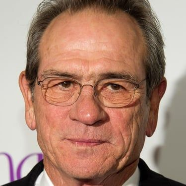 Tommy Lee Jones Image