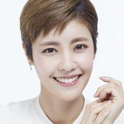 Lee Yoon-ji Image