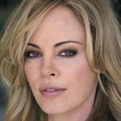 Chandra West Image