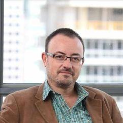 Manuel Martín Cuenca Image