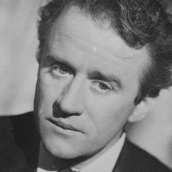 Cyril Cusack Image