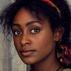 Simona Brown Image
