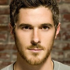 Dave Annable Image