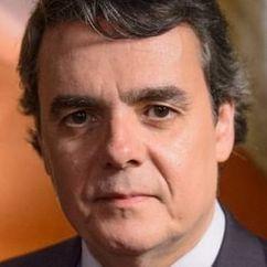 Cássio Gabus Mendes Image