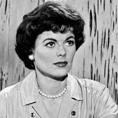 Barbara Hale Image