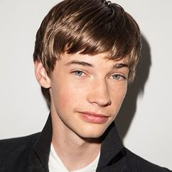 Jacob Lofland Image