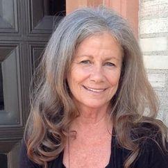 Belinda Balaski Image