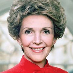 Nancy Reagan Image