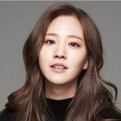 Kim Soo-kyung Image