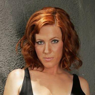 Elisa Donovan Image