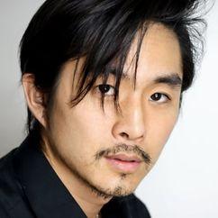 Justin Chon Image