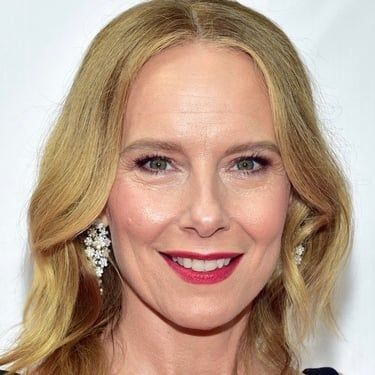 Amy Ryan Image