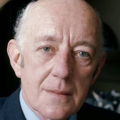 Alec Guinness Image