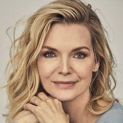 Michelle Pfeiffer Image