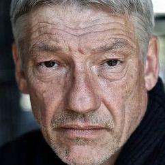 Simon Armstrong Image