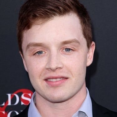 Noel Fisher Image