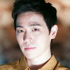 Lee Dong-ha Image