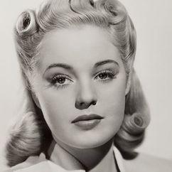 Mary Beth Hughes Image
