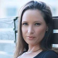 Carrie Eklund Image