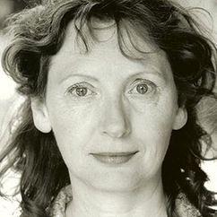 Lorraine Hilton Image