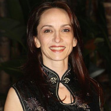 Eliza Schneider Image