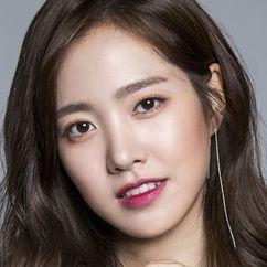 Jin Se-yeon Image