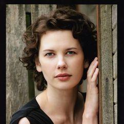 Tiffany Lyndall-Knight Image