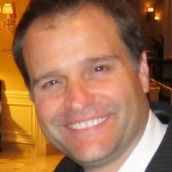 Peter DeLuise Image
