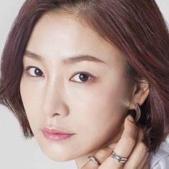 Park Hyo-ju Image