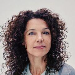 Paula van der Oest Image