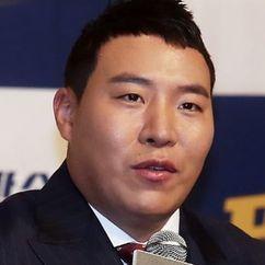 Tae Won-seok Image