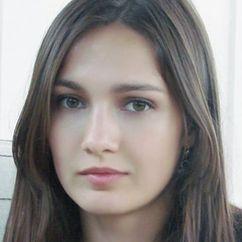 Evgeniya Khirivskaya Image