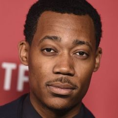 Tyler James Williams Image