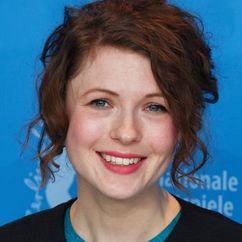 Hannah Steele Image