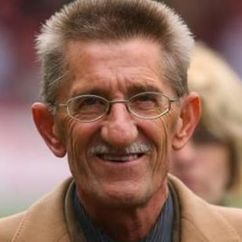 Barry Chuckle Image