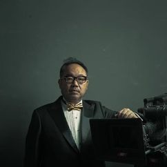 Zhang Yibai Image