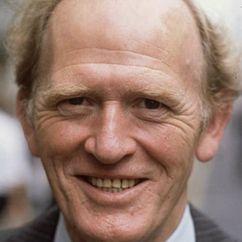 Gordon Jackson Image