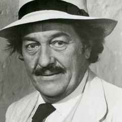 Strother Martin Image