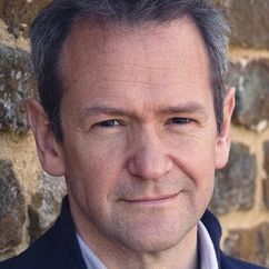 Alexander Armstrong Image