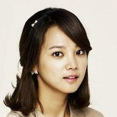 Yoon Seung-ah Image