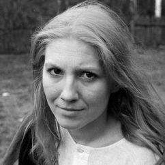 Emilia Krakowska Image