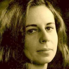 Anne Barton Image