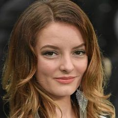 Dakota Blue Richards Image