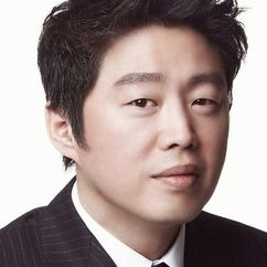 Kim Hee-won Image