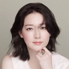 Lee Young-ae Image