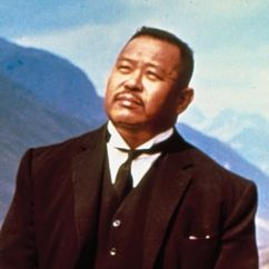 Harold Sakata Image