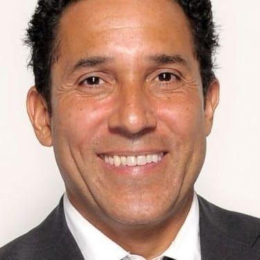 Oscar Nunez Image