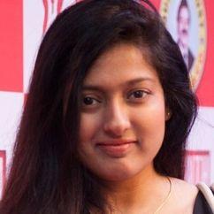 Gayathri Raguram Image